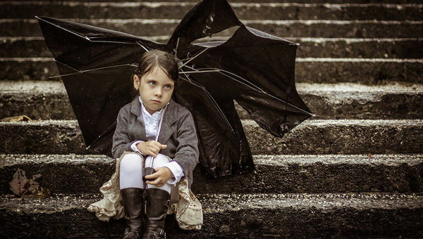 Fotografija tedna �t. 402 - Torn Umbrella by immortal